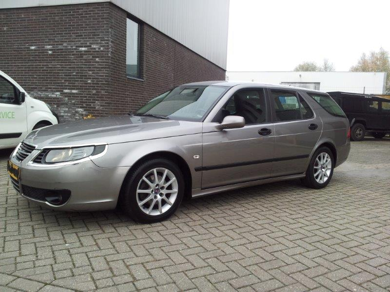 Saab 9-5 SE 1.9 Vector bj 2006 steelgrey