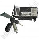 Twice gebruikt + 1 sleutel en afstandsbediening Saab 9-5 bj. 1998-2010 ond.nr. 5042239, 5040167, 5040130, 5262761