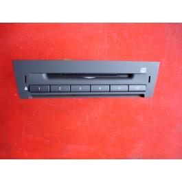 CD wisselaar voor saab 9-3 sport model, bouwjaren 2003 tot 2007. Art.nrs.12799475, 12758275, 12755370.