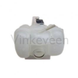 Waterreservoir origineel, benzine. Geschikt voor Saab 900 New Generation en 9-3 versie 1, bj. 1994-2002, art. nr. 90448877 4356382 4356382