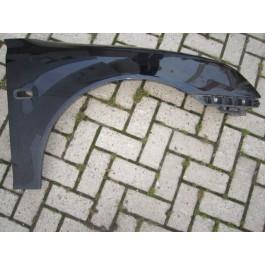 Occasie voorscherm L. en of R. Saab 9-3 sport oudere versie bj: '03 tm '07 art. nrL= 12797540 art. nrR= 12797541